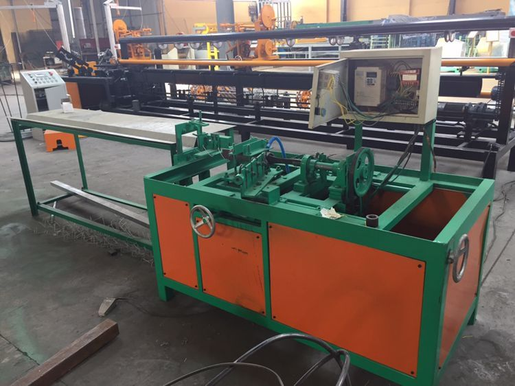 New Type Semi Automatic Chain Link Fence Machine At Best Price